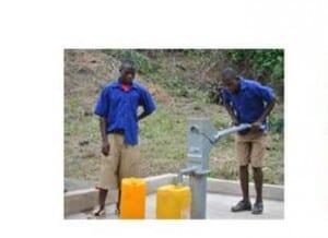 Le puits permet l'accès à l'eau