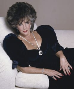 Elisabeth Taylor avec ses saphires BVLGARI