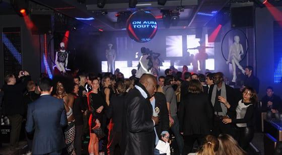 After Show ON AURA TOUT VU Haute Couture Fashion Week Summer 2014 Paris Club 79 Paris Champs Elysees Photos Jean Louis Coulombel et la Nikon School