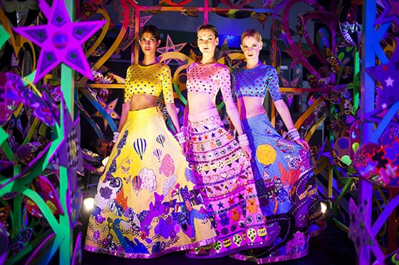 Robes Manish Arora pour Alcantara