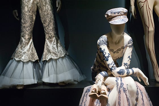 vue_de_l'exposition_Jean_Paul_Gaultier_(3)_©_Rmn-Grand_Palais_photo_François_Tomasi