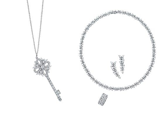 Tiffany_Victoria_Key_pendentif_et_necklace_ring_and_drop_earrings_of_mixed-Cut_diamonds_in_Platinum