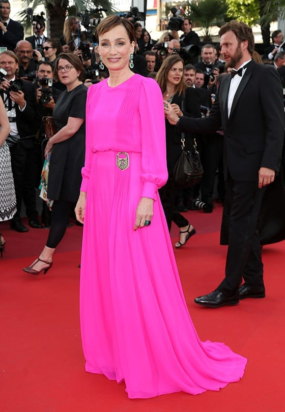 Cannes_2017_Kristin_Scott_Thomas_en_Schiaparelli_©_Gisela_Schober_Getty_Images