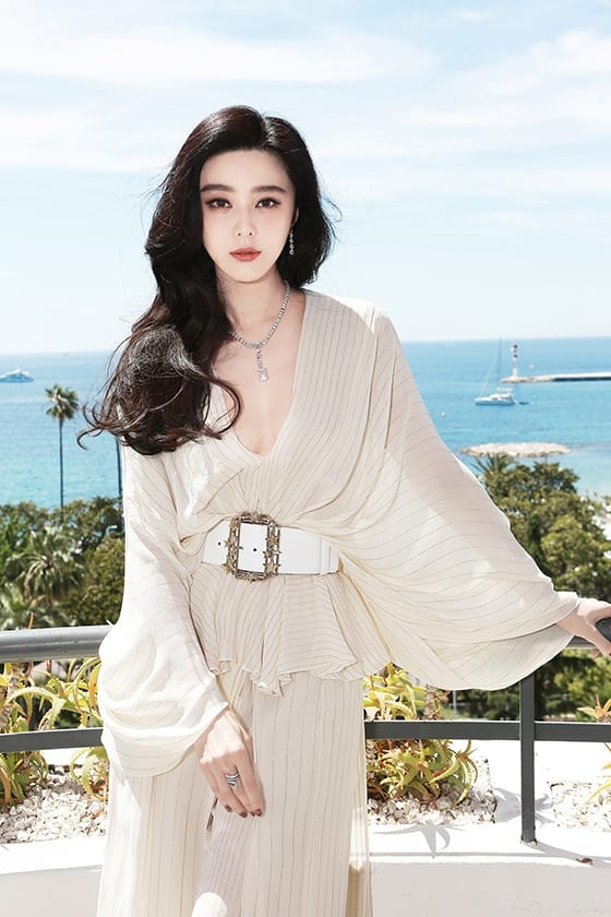 Fan_Bingbing_paree_par_De_Beer_Jewellery