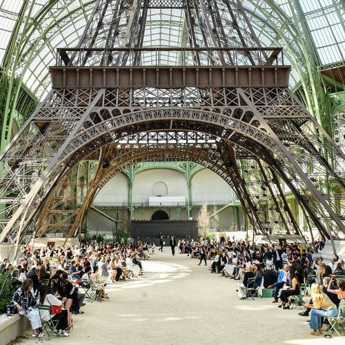 Defile_Chanel_decor_Tour_Eiffel