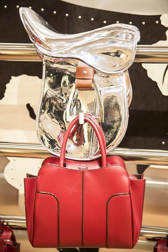 Sella_Bag_rouge_Tods