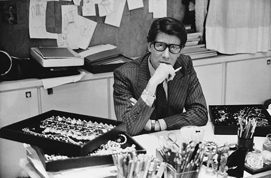Yves_Saint_Laurent_dans_son_studio