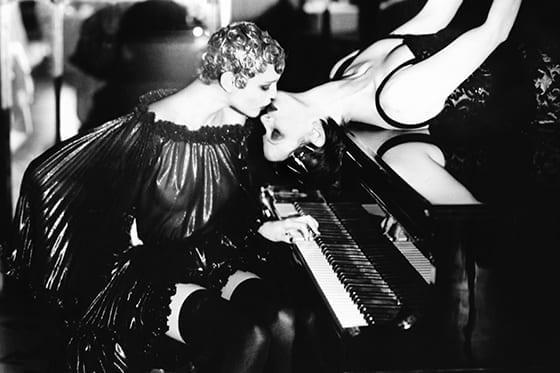 LA_HUNE_Ellen-von-Unwerth_Sonate_Paris_1990
