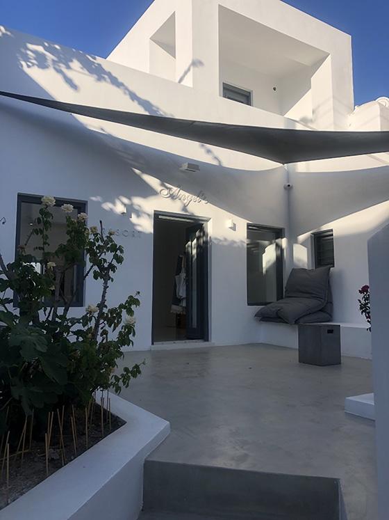 Angel's-Resort_Naoussa_Paros_Grece