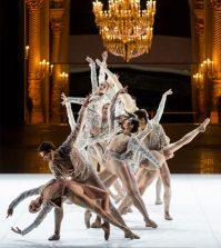 Exposition_Couturiers-de-la-danse_courtesy_CNCS