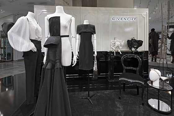 Givenchy-Atelier_Galeries_Lafayette_Pop-up-Store