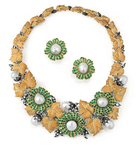 Vente_Sothebys_Lot 121_Buccellati_Demi-parure-perles-de-culture-emeraudes-et-diamants_Bouquet