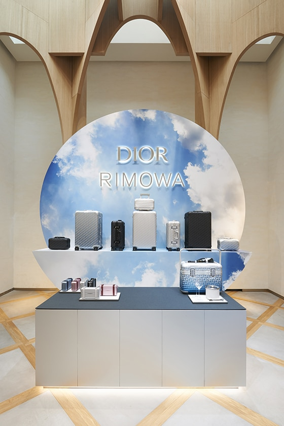 DIOR-X_RIMOWA_MENS_POP_UP_STORE_BY_ADRIEN_DIRAND_Dior _Paris