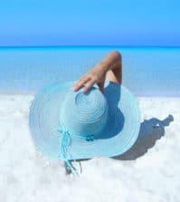 sea-fashion-beach-sand-©_Pixabey