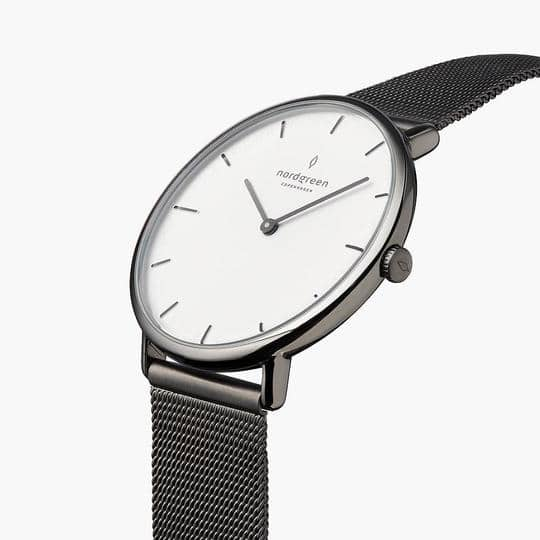 Nordgreen_Native_Montre_White_GM_Mesh_GreyBG_PV