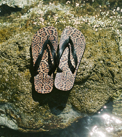 SAINT LAURENT_RIVE_DROITE_X_Havaianas_SHOOT_PURIENNE