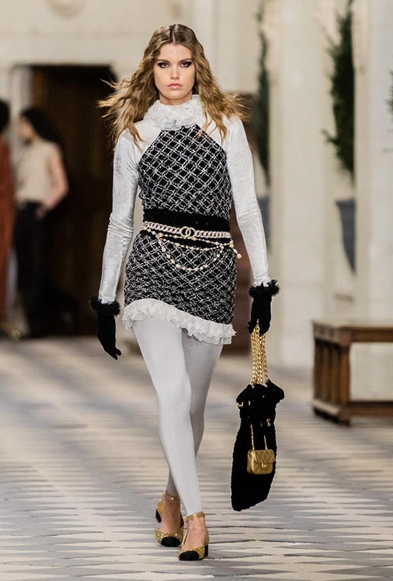 Chanel_collection_metiers-d-Art_2020-21