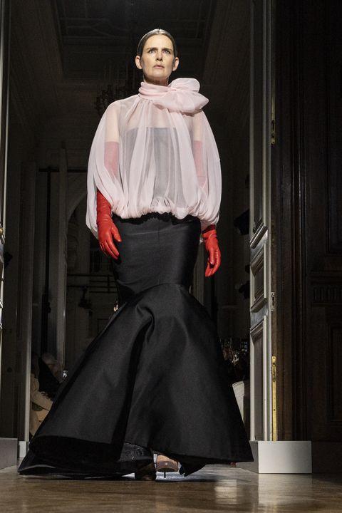 stella_tennant_valentino-haute_Couture_2020