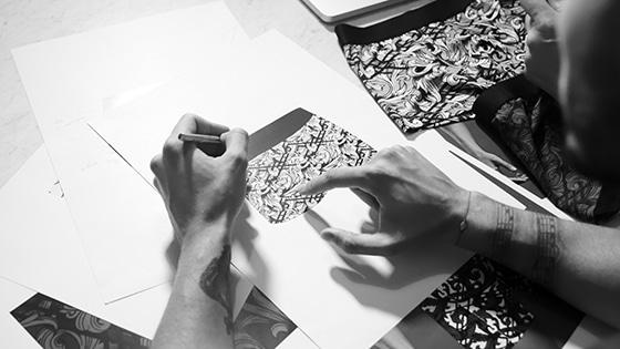 aubade_collab_homme_Baptiste-Giabiconi_tatouage
