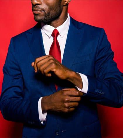 Comment_associer_parfaitement_sa_cravate_a_son_costume