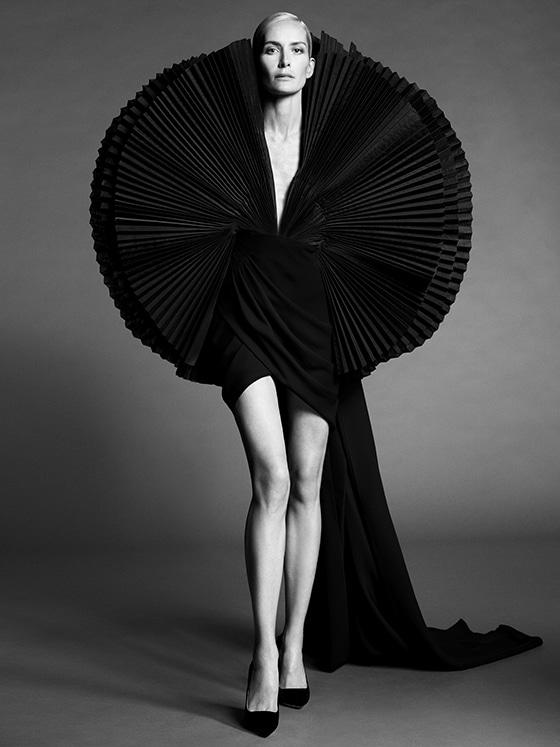 Ashi-Studio_Couture_AH_2021-22_look17_courtesy_Ashi-Studio