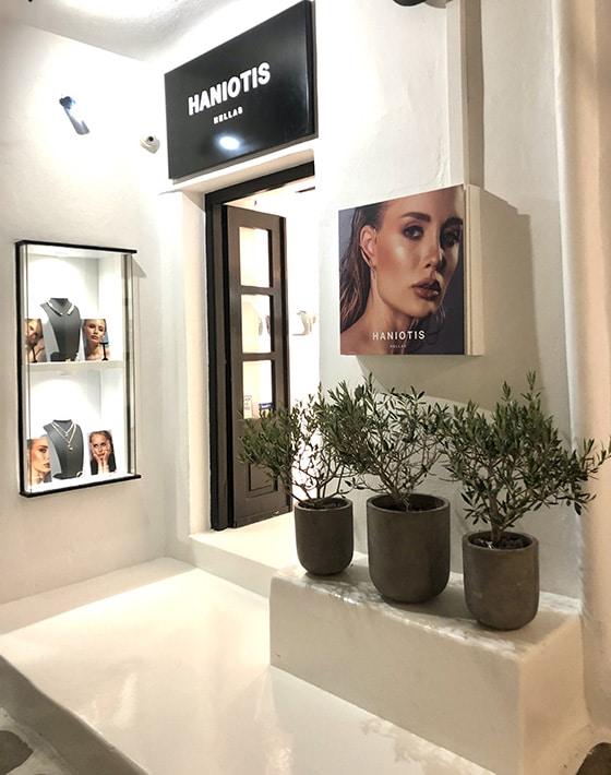 Haniotis_Summer_pop-Up-Store-Naoussa_Paros