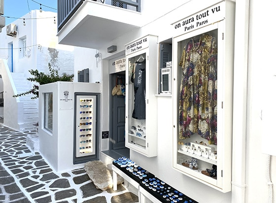 On-Aura_Tout-Vu-Paris_paros_Summer_pop-up-Store_Naoussa_Paros